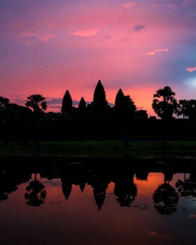 angkor-wat-backlit-body-of-water-2416576
